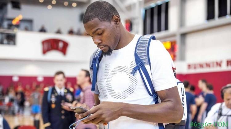 刚正面!杜兰特@NBA官方对线:球迷都不傻 别用公关词汇糊弄大伙