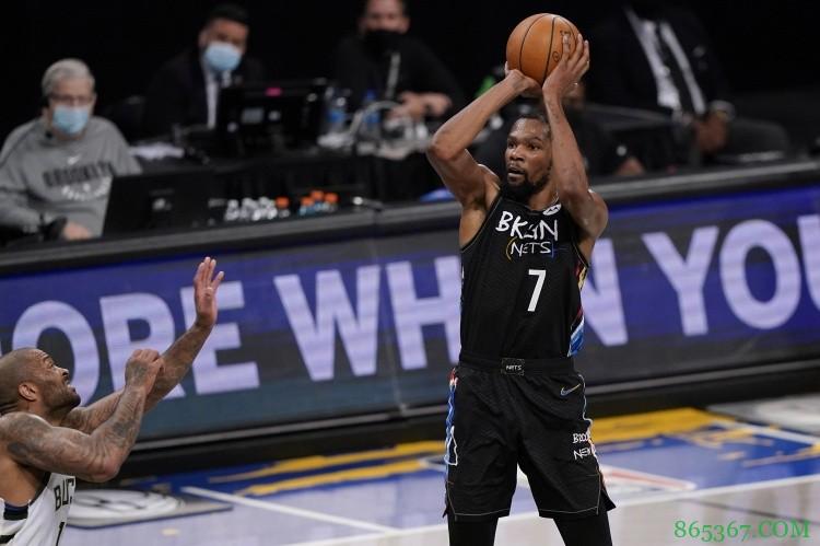 杜兰特加盟篮网后生涯前7场季后赛场均32分 过去40年第4人