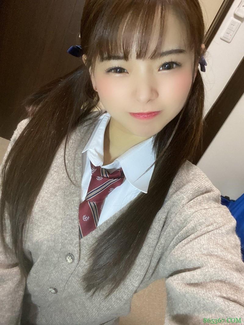 丘惠理奈PFES-016 清纯女生疯狂起来像小恶魔