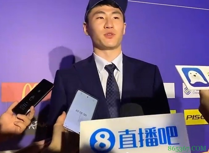 🎥CBA榜眼赵柏清:对这个顺位还是挺满意 感谢南京同曦的肯定