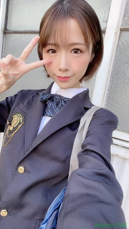 真白美生HMN-065 气质女大学生演技轻车熟路