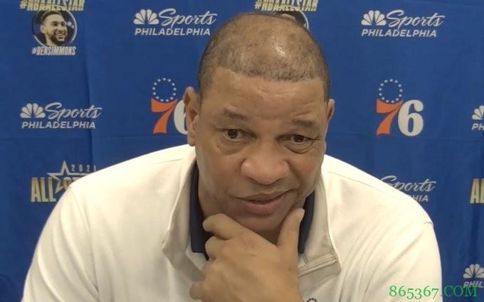 里弗斯:不会因控卫人选而失眠 其实很多球队都没有纯控卫