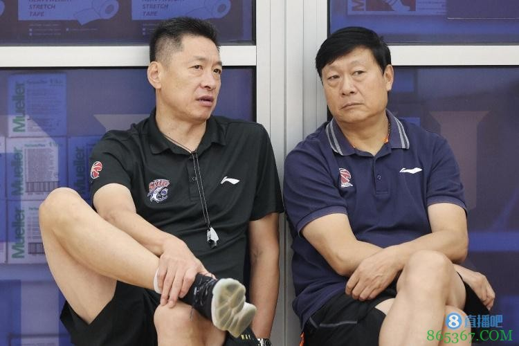 """东体:高层对李春江首季成绩无硬性要求 上海打造CBA""""OK组合"""""""
