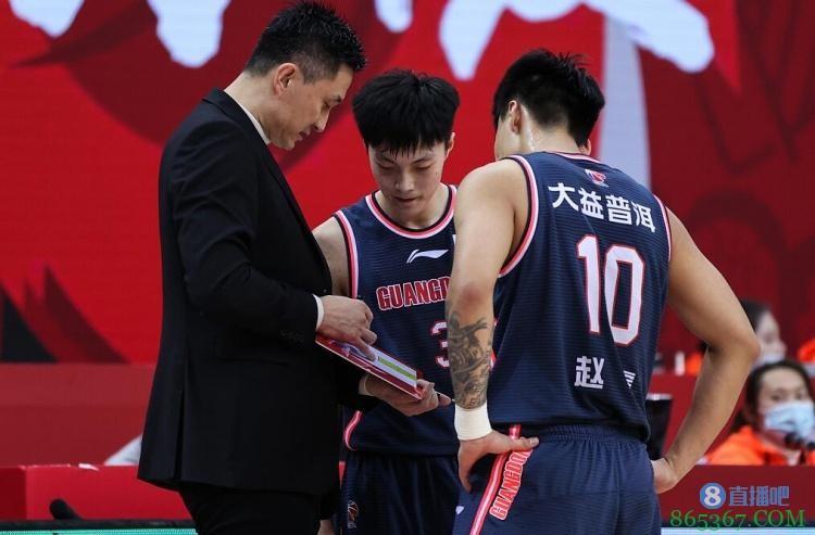 媒体人:赵睿&王薪凯&胡明轩&徐杰不会出战今日与吉林的比赛